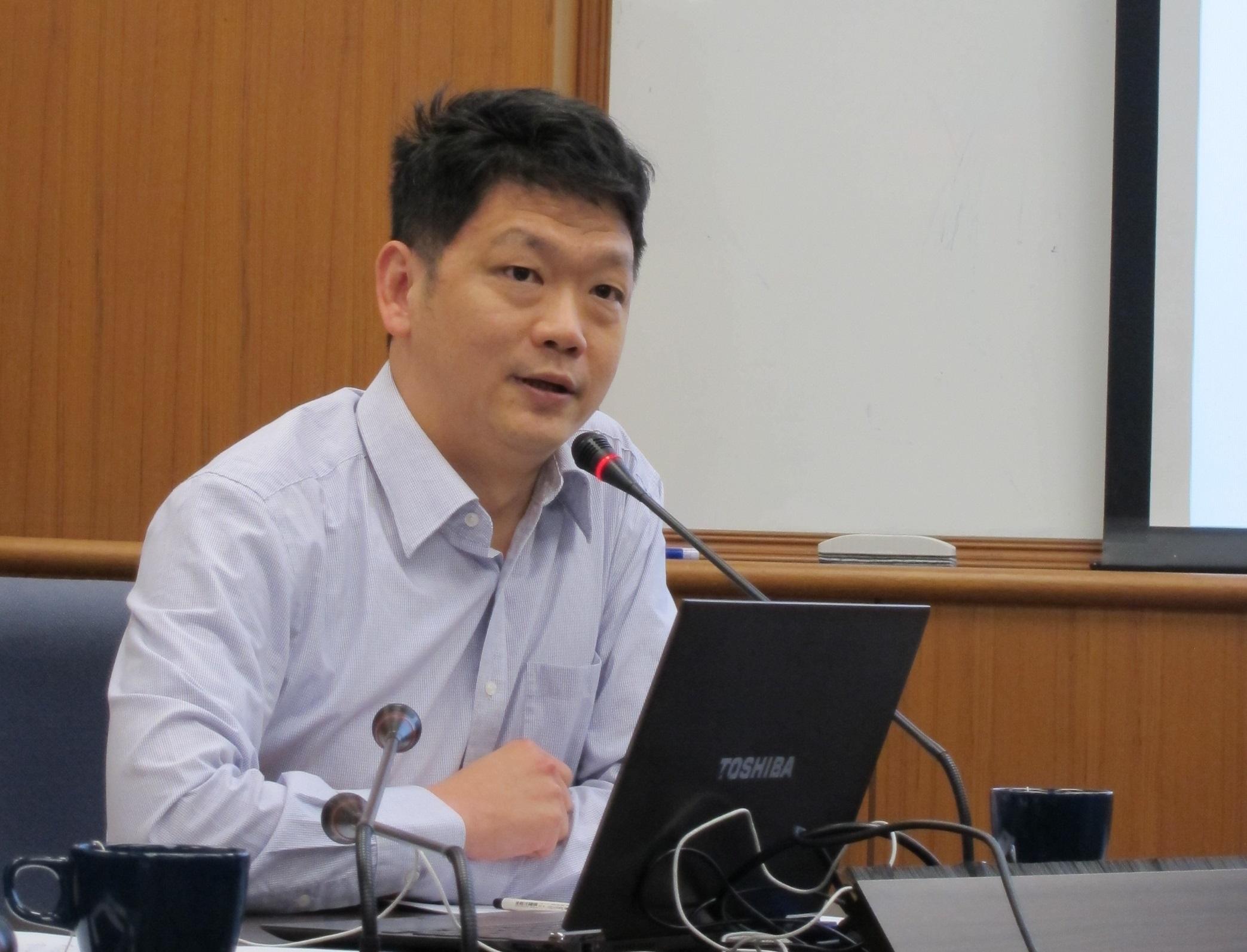 朱瑪瓏教授演講「十九世紀上海英文報紙裡的歐洲社會主義運動」紀要